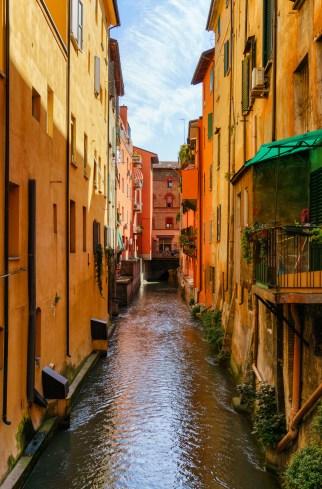 Bologna Porto Govese through the Finestrella di Via Piella -1