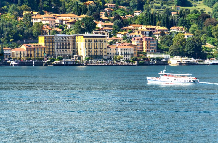 Ferry Lake Como-1