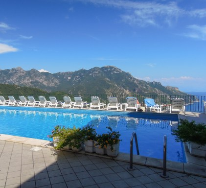 Hotel Graal pool overlooking the Bay of Salerno