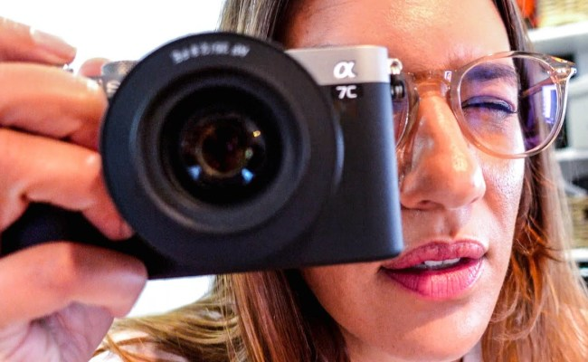 Hands On With The Sony A7c Compact Full Frame Camera Lensvid