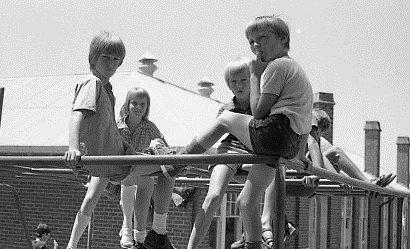 LentaraBoysonPlayground1950s