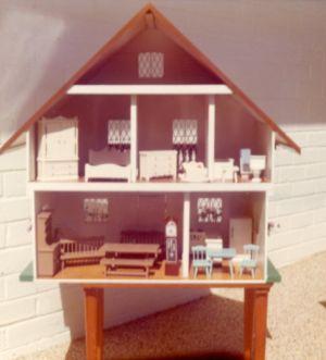 LentaraDollsHouse1975LF5 (2)