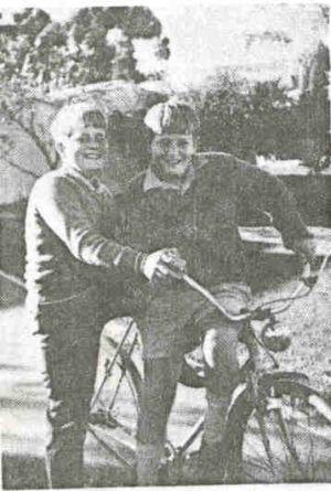 Photo195