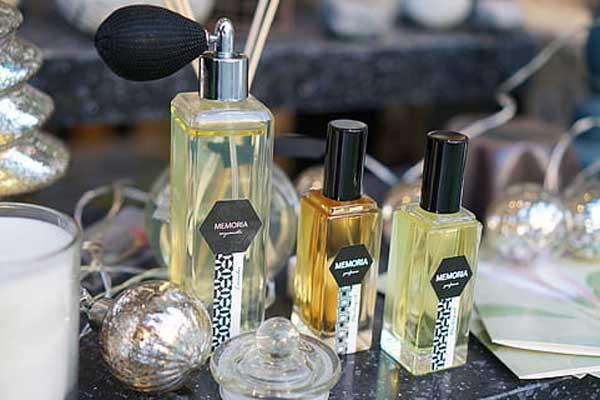 Memilih Jenis Parfum