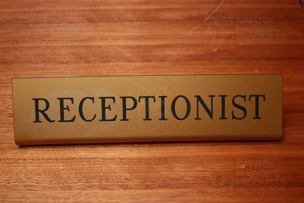 resepsionis, tugas resepsionis, syarat menjadi resepsionis