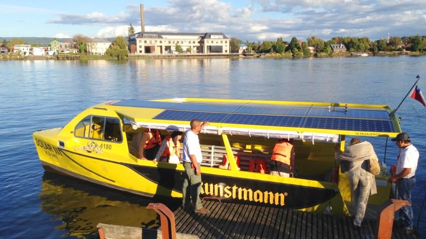 Cuando nos casamos con Eva Siebert, los invitados fueron transportados por los taxis fluviales solares de TFS.