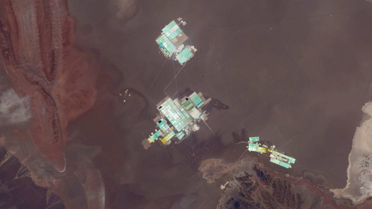 Extrayendo Litio en el Salar de Atacama