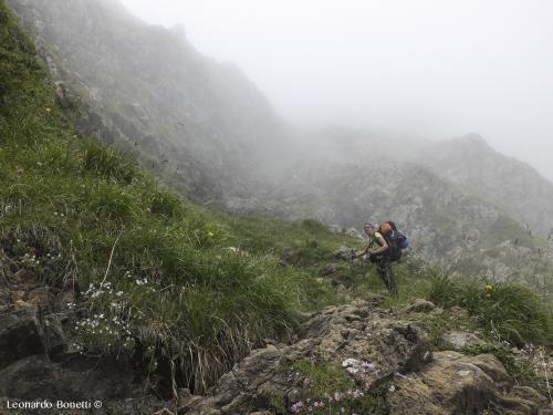 Nebbia durante il trekking nei Pirenei