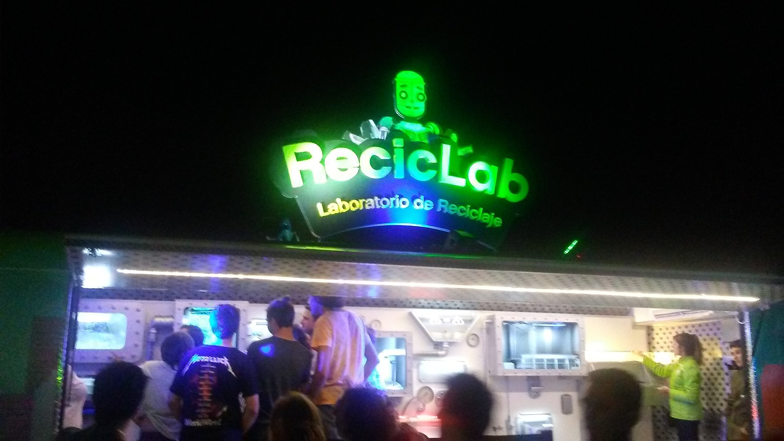 La fiesta de la globalización: Lollapallooza en el Hipódromo de San Isidro.
