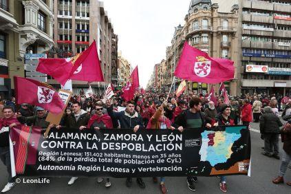 16 F en León