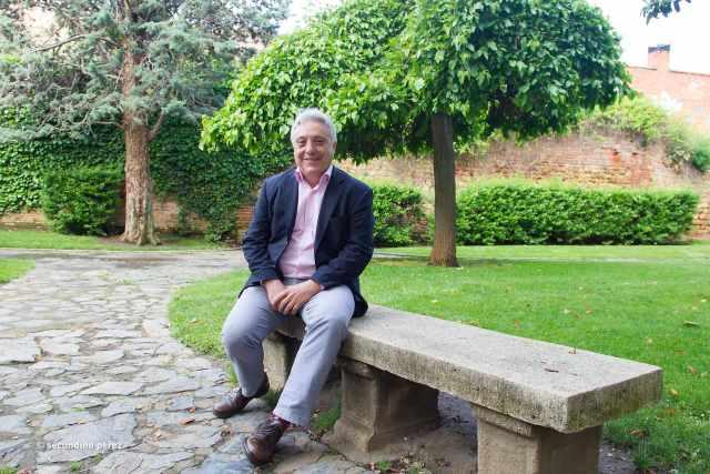 Vicente en el parque del Cid