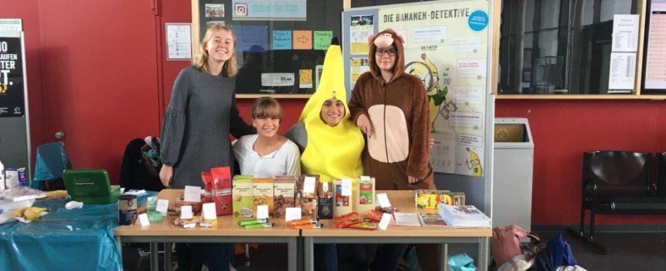 Schüler*innen beim Banana-Fair-Day