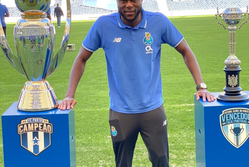 Porto : Chancel Mbemba élu «Meilleur joueur francophone» de l'année