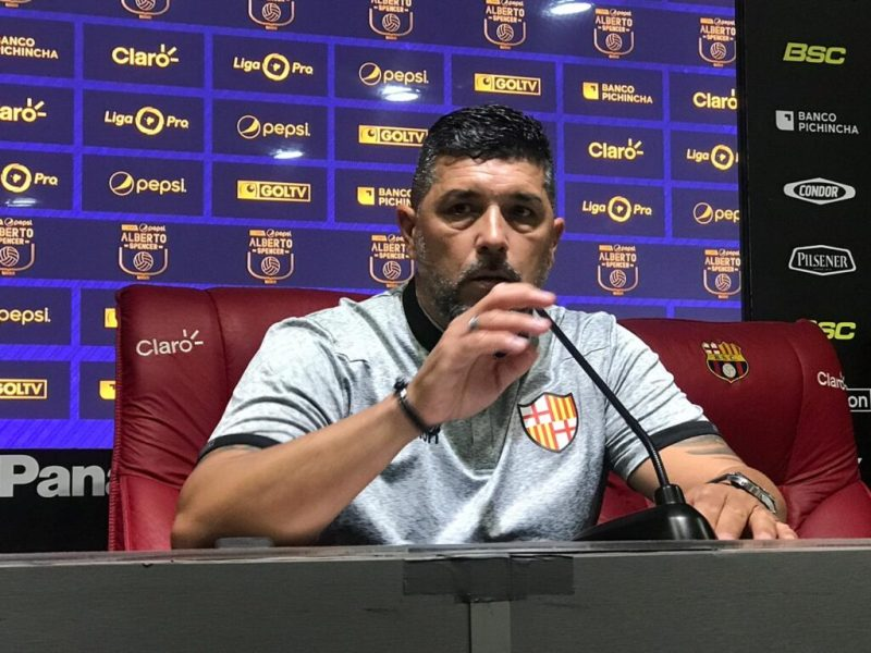 Press conference after the victory