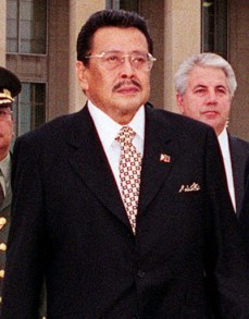 000727-D-2987S-007 Secretary of Defense William S. Cohen (right) escorts Republic of the Philippines President Joseph Estrada (left) to the Pentagon parade field for an armed forces full honors welcoming ceremony on July 27, 2000. Cohen and Estrada will later meet to discuss security issues of interest to both nations. DoD photo by Helene C. Stikkel. (Released)