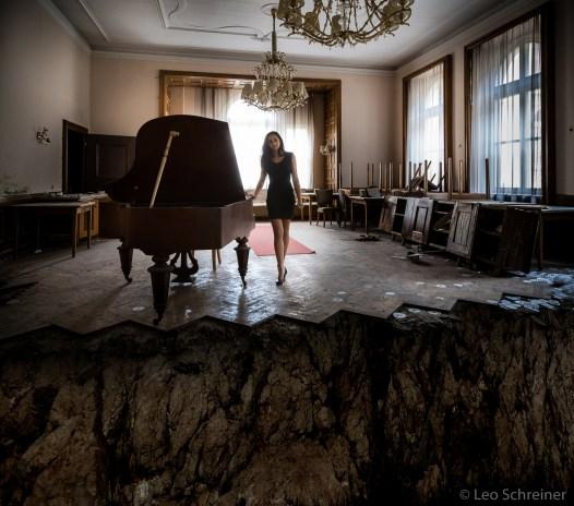 abandoned_00_02