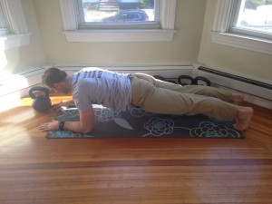 Joe DeLeo performs the hardstyle plank.