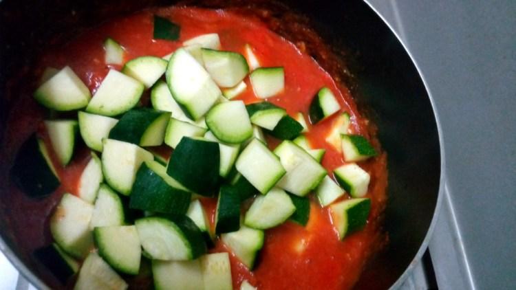zucchini-tomato-sauce