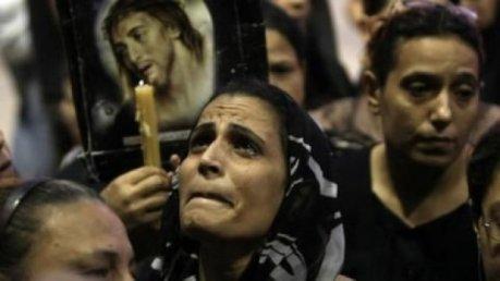 Catolicos fungindo de Mossul