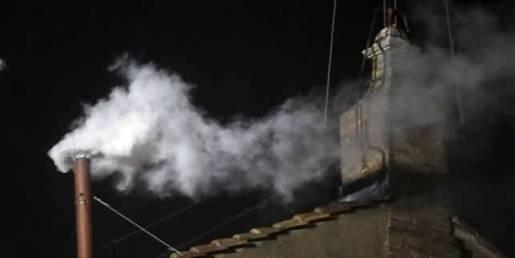 Fumaça branca anuncia a eleição do novo Pontífice - veja o telegrama enviado pelo Instituto Plinio Corrêa de Oliveira ao Papa recém-eleito