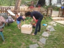 Huile de lin pour préparer les ruches...