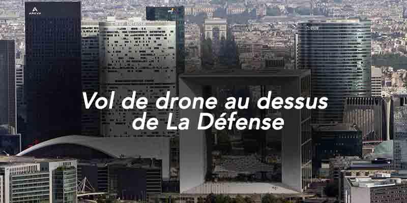 Vol-de-drone-au-dessus-de-La-Defense