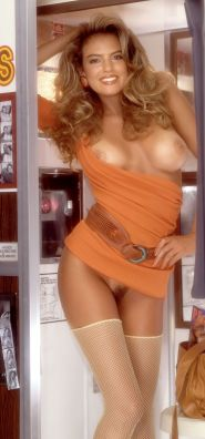 1989_08_Gianna_Amore_Playboy_Centerfold