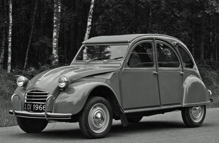 La BD « La naissance de la 2CV Citroën » : une voiture dans le cœur de tous les Français