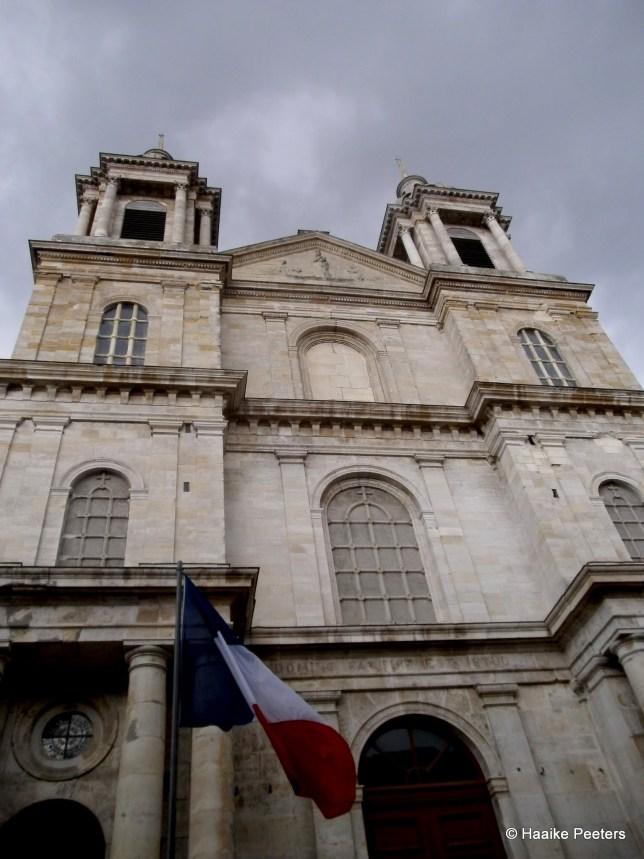 Basilique Notre-Dame-de-l'Immaculée-Conception de Boulogne-sur-Mer (Le petit requin)