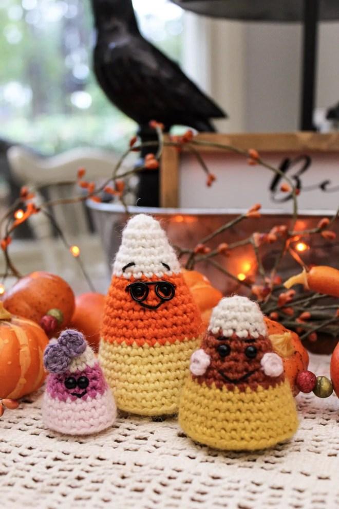 Free amigurumi pattern - candy corn toys