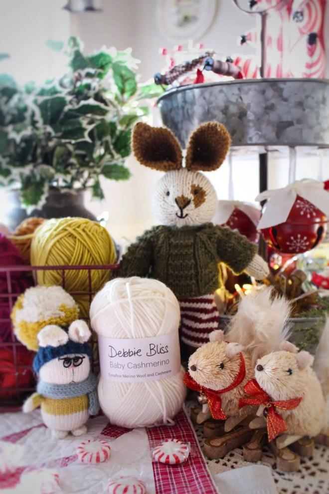 Debbie Bliss Baby Cashmerino yarn giveaway!