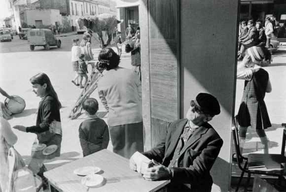 scène de rue à Malaga en Espagne