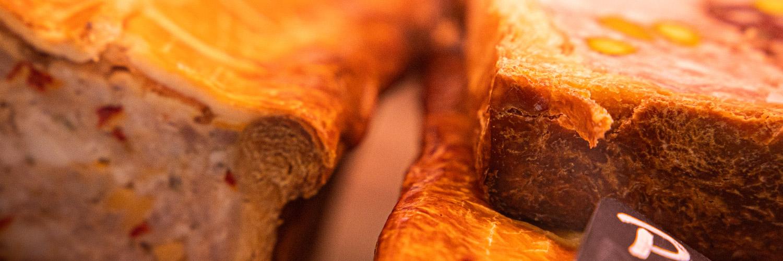 Cave à jambons, Charcuteries | Epicerie Marseille | Epicerie Maison Gourmande -82 cave à jambons, charcuteries - SLIDER charcuterie 7 - CAVE À JAMBONS, CHARCUTERIES