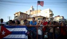 Le drapeau américain flotte de nouveau à Cuba