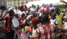 Arbre de Noël/ L'ONG « Conscience nouvelle ivoirienne » soulage plus de 500 enfants de la commune de Yopougon #civ