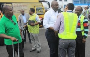 Les responsables de Ethiopian Airlines échangeant avec le président de la FIF Sidy Dialo Ph. Dr
