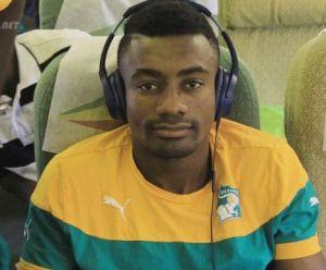 A l'instar de nombre de joeurs ivoiriens, Kalhuno a beaucoup apprécié le confort de l'appareil de Ethiopian Airlines ph. Dr
