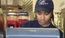 Exclusif ! La fille d'Obama travaille dans un restaurant pour 7000FCFA l'heure