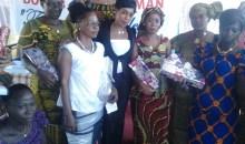 Côte d'Ivoire/Fête des mères : L'Ong Génération Esther offre des complets de pagnes à 50 mamans de Bouaké
