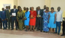 Promotion de la compétence : Mme le Ministre Raymonde Goudou Coffie célèbre les lauréats du Prix d'excellence 2017 du secteur de la Santé #Emulation
