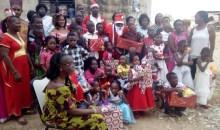Arbre de Noël : les enfants de la ''Cité des grâces'' de Yopougon comblés de cadeaux