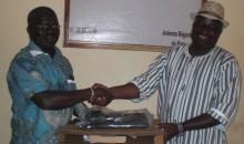 Côte d'Ivoire/Elections sénatoriales, régionales et municipales 2018 : le coordonnateur Rhdp du Kafigue fait un don matériel à la CEI # RégionduPoro