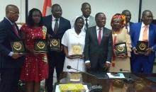 [Côte d'Ivoire Santé] Le ministre remet les Prix de l'Excellence du Président  Alassane à ses agents