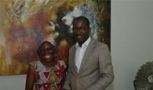 [Côte d'Ivoire/Assistance sociale] Rongée par une maladie, la comédienne Amoin reçoit l'aide de la Première dame