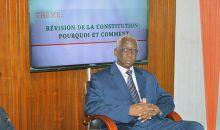 [Côte d'Ivoire/Affaire 3e mandat de Ouattara] Un constitutionaliste coupe court