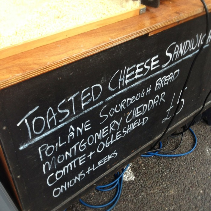 toasted-cheese-sandwich-kappacasein-borough-market-02-700x700