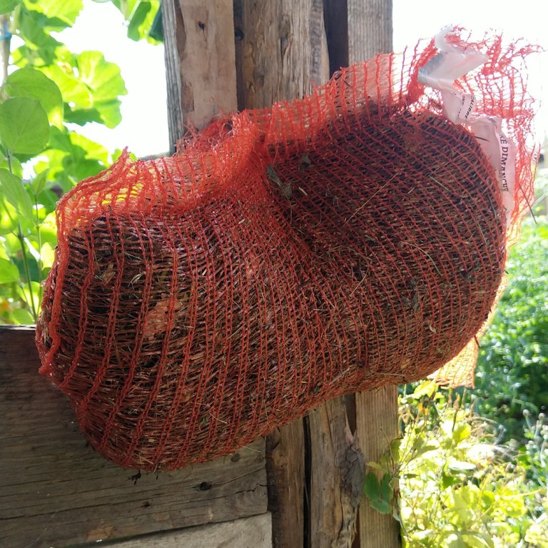 sac-patate-paillage-permaculture-urbaine
