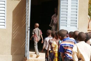 24. Les enfants dans leur nouvelle classe