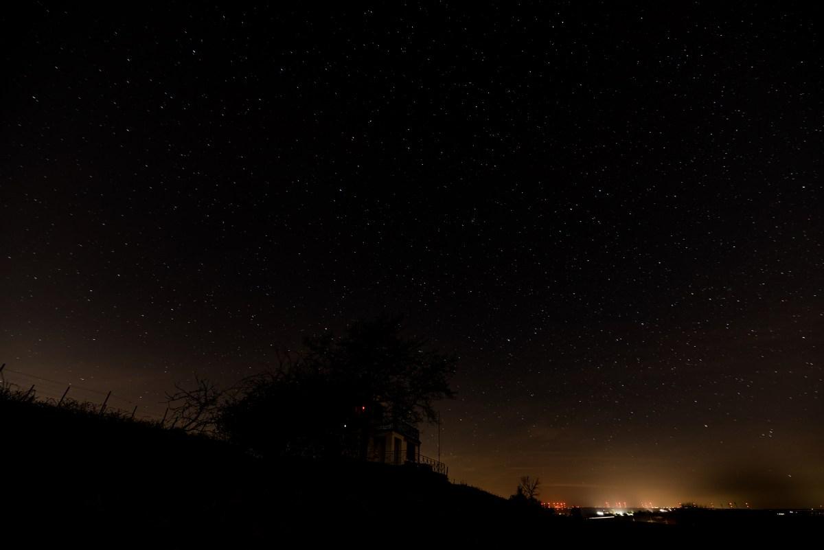 Sternehimmel Richtung Trutzturm Nierstein. (Foto: Andreas Lerg)