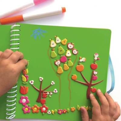 cahier majolo stickers effacable